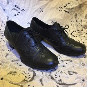 From Born~ black, heeled oxfords